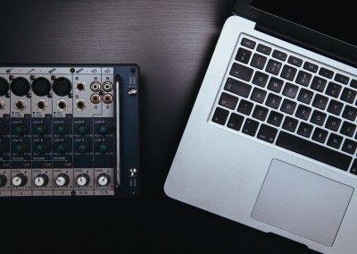 Música a medida para proyectos audiovisuales:
